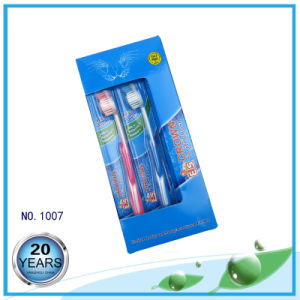 PP Handle with Soft Rubber and Cover Adult Nylon Toothbrush pictures & photos