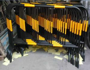 Portable Event Temporary Barrier Fence/Crow Control Barrier/Road Barrier pictures & photos