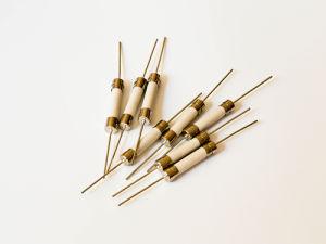 Ceramic Tube Fuse Time-Lag Axial Lead 6.3 X 30 mm-Ceramic Tube Fuse pictures & photos