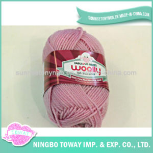 Hand Knitting Gloves Weaving Pure Wool Yarn pictures & photos