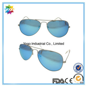 Factory Supplier Polarized Men Outdoor Driving Sunglasses Made in China pictures & photos
