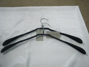 Customized PVC Metal Clothing Hanger pictures & photos