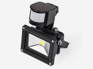 Ce RoHS IP65 Outdoor LED Flood Light with Sensor 10W pictures & photos