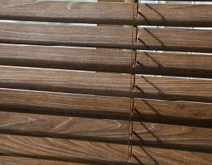 Popular Wooden Horizonal Venetian Blinds /Shutters pictures & photos