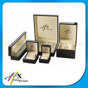High Piano Gloss Wooden Jewelry Watch Display Packaging Box pictures & photos