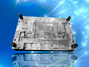 Customized 32inch LED TV Parts Plastic Injection Mould pictures & photos