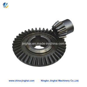 High Precision Vehicle Bevel Gear with with Keyway pictures & photos