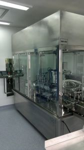 Automatic Glass Bottle and Plastic Bottle Filling and Rubber Pluging Machine pictures & photos