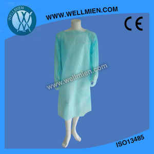 Best Selling Medical Gowns Disposable Plastic Gown CPE Thumb Loop Surgicalgown pictures & photos