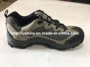 Outdoor Mountain Climbing Shoes for Men pictures & photos