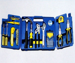 Aluminum Case and Tools (007)