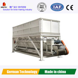 Necessary Roof Tile Making Machine-Clay Box Feeder pictures & photos