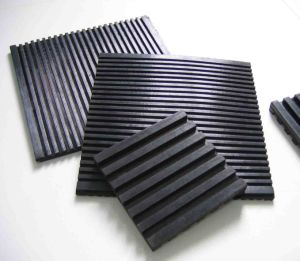 Custom Anti Vibration Pads / Vibration Isolation Pad / Groove Rubber Pads pictures & photos