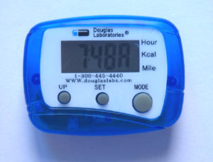 Mult-Function Electric Pedometer (QPM-003A-T) pictures & photos