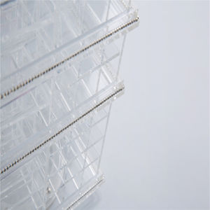 Modern Stylish Clear Color Rotating Acrylic Lipstick Tower pictures & photos