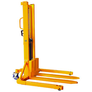 Hydraulic Hand Forklift Stacker with Foot Pedal pictures & photos