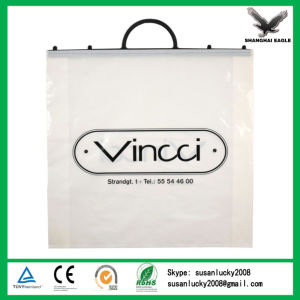Superior Quality Clip Handle Plastic Shopping Bag Customized pictures & photos