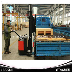 1200kg Fork Reach Full Electric Stacker (Fork Reach) pictures & photos