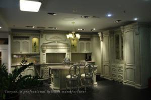 Solid Wood Classic Kitchen Cabinet / Kitchen Furniture (W001)