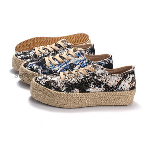 Lady Lace-up Canvas Shoes with Hemp Rope Totom pictures & photos