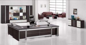 Factory Selling Rectangle Latest Designs Italian Office Desk (SZ-ODT633) pictures & photos
