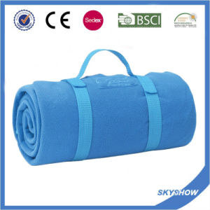 100% Polyester Promotional Comfortable Travel Coral Fleece Blanket with Handle pictures & photos