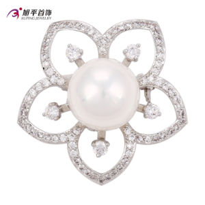 Xuping Fashion Luxury Rhodium Big Main Pearl Crystals From Swarovski Flower-Shaped Jewelry Element Brooch -00013 pictures & photos