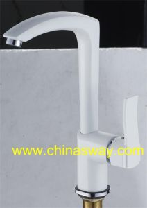 White Kitchen Sink Faucet, with Brass Movable Spout (SW-09569-Q1) pictures & photos