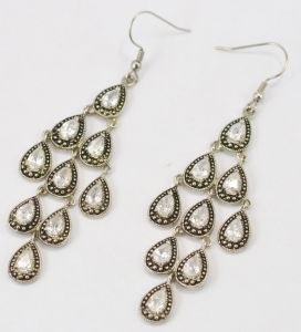 High Quality Crystal Earrings for Fashion Female Jewelry pictures & photos