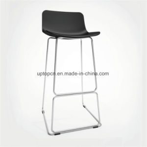 Simple Design Metal Legs Bar High Chair with Plastic Seat (SP-UBC323) pictures & photos