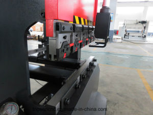 Underdriver Type Original Nc9 Controller with Keyence PLC ± 0.01mm High Accuracy Press Brake pictures & photos