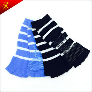 OEM Service Custom Made Anti Slip Yoga Socks pictures & photos