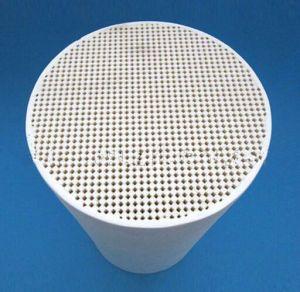 Honeycomb Ceramic Catalyst Support DPF Cordierite Honeycomb Ceramic pictures & photos