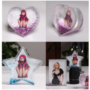 Picture Insert Photo Frame Funny Acrylic Heart Shape Snow Water Globe pictures & photos