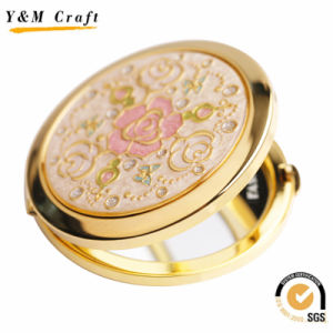 Custom Luxury Metal Cosmetic Pocket Mirror with Diamond pictures & photos