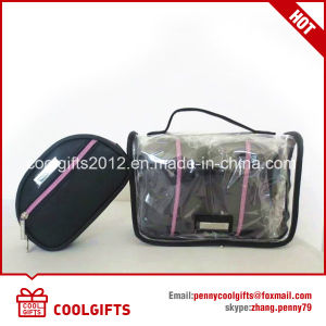 2017 Fashion Design Waterproof PVC Wash Cosmetic Bag for Travel pictures & photos