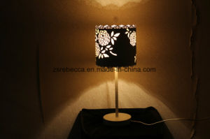 European Style White Stainless Steel Rose Flower Table Lamp pictures & photos