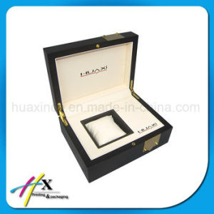Luxury Matt Lacquered Watch Wooden Gift Box with Cotton Lining pictures & photos