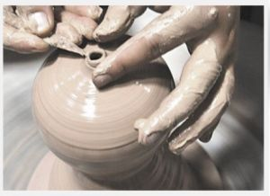 Onical Ceramic Flowerpot (brown) pictures & photos