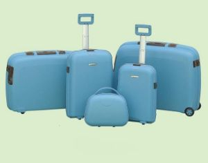 PP Material Suitcase + PP Trolley Case Set pictures & photos