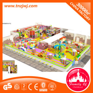 Rainbow Theme Indoor Kids Playground Labyrinth for Amusement Park pictures & photos