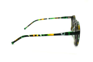 Hot Best Selling Plastic Injection Frame Polarized Sunglasses pictures & photos