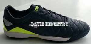 Men′s Indoor Football Turf Shoes pictures & photos