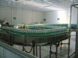 Pure Water Production Line/Waterfilling Machine/ Mineral Waterfillingplant/Filling Machine Food Machinery Juice Production Water Production Line pictures & photos