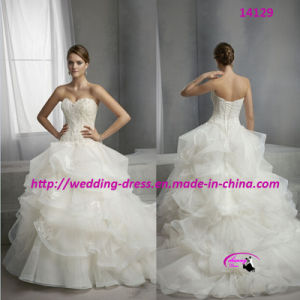Princess Pure Wedding Bridal Dress with Lace up pictures & photos