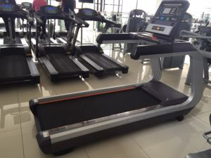 Tianzhan New Brand-Surpass/Commercial Treadmill/Tz-7000/Commercial Gym Equipment/Fashion Design in 2016 pictures & photos