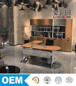 Modern Office Furniture Executive Wooden Office Desk pictures & photos