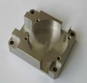 High Precison CNC Turning Machining / Machined Parts pictures & photos