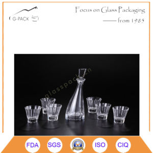 Luxury Pattern Design Glass Wine Bottle and Cups pictures & photos
