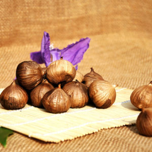 Good Taste Fermented Single Black Garlic (Canned custom) pictures & photos